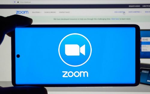 Zoom permite retransmitir en directo en YouTube